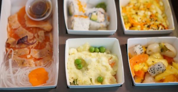 seared salmon tataki_lunch_6-8-2015